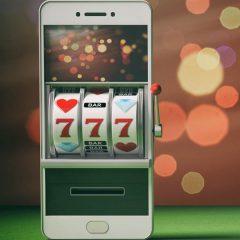 Joaca pe mobil si castiga unul dintre premiile totale saptamanale de 10 000 RON