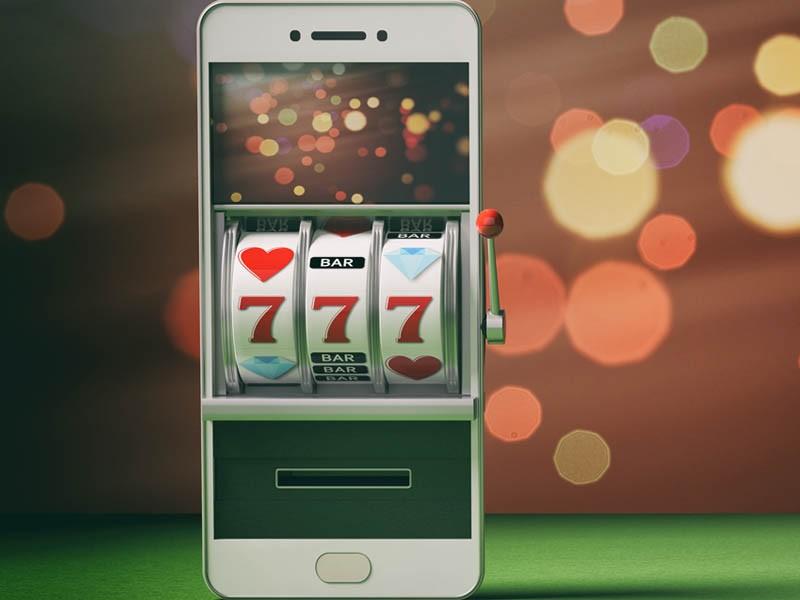 Turneu saptamanal de pe mobil cu premii de 10000 RON
