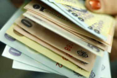 Castiga 2000 RON in fiecare turneu de la miezul noptii