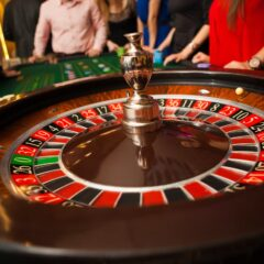 Cu 5 RON mizati la ruleta live poti castiga 250 RON bonus